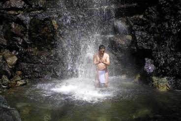 2nd May waterfalls with  Sensei Masahiro Nagaoka end Sensei Bret Smith